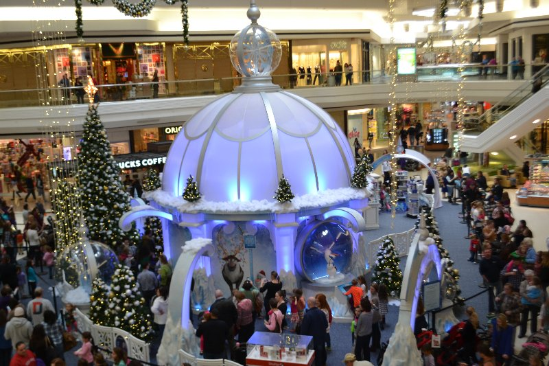 Westfarms Mall Frozen Ice Palace Ct Mommy Blog
