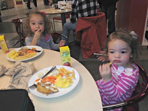 Kids eat Free IKEA