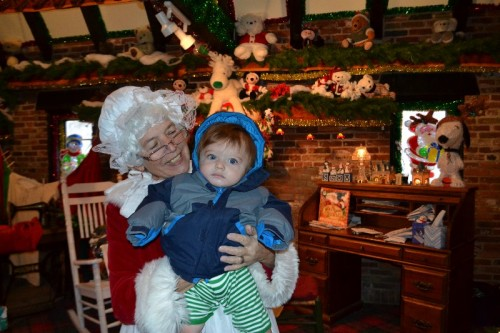Mrs Claus Christmas Village CT