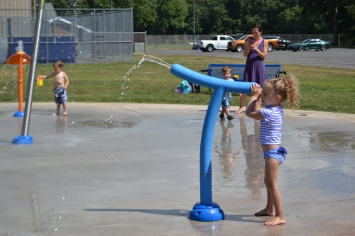 Watrous Park Splash Pad Cromwell, CT (18)