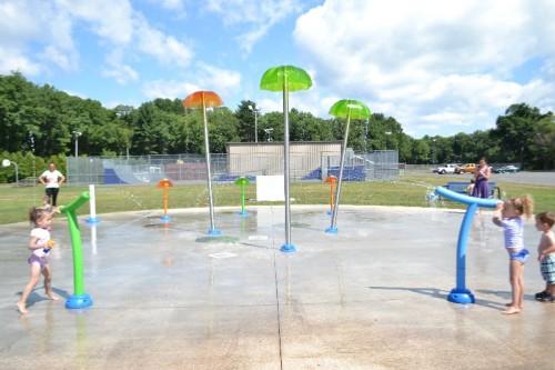 Watrous Park Splash Pad Cromwell, CT (21)