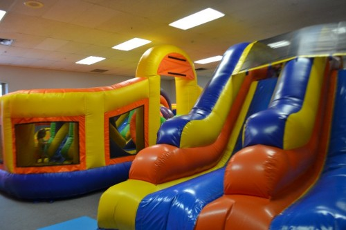 Swim & Play Bounce House Wallingford CT