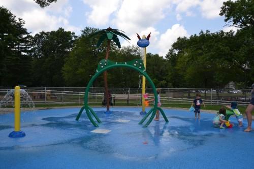 Fernridge Park Splash Pad West Hartford CT (37)