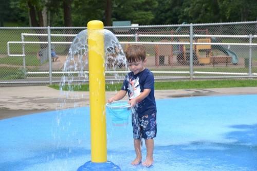 Fernridge Park Splash Pad West Hartford CT (43)