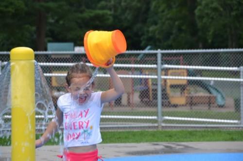 Fernridge Park Splash Pad West Hartford CT (45)