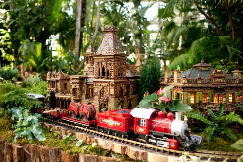 New York Botanical Garden Holiday Train Show Ticket Giveaway